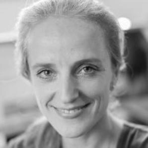 Yvonne van der Bijl
